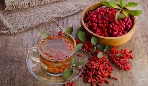Барбарис сушеный - калорийность, полезные свойства, польза и вред, описание
