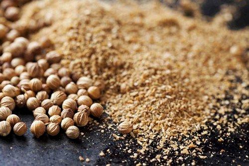 Кориандр: лечебные свойства, его польза и вред